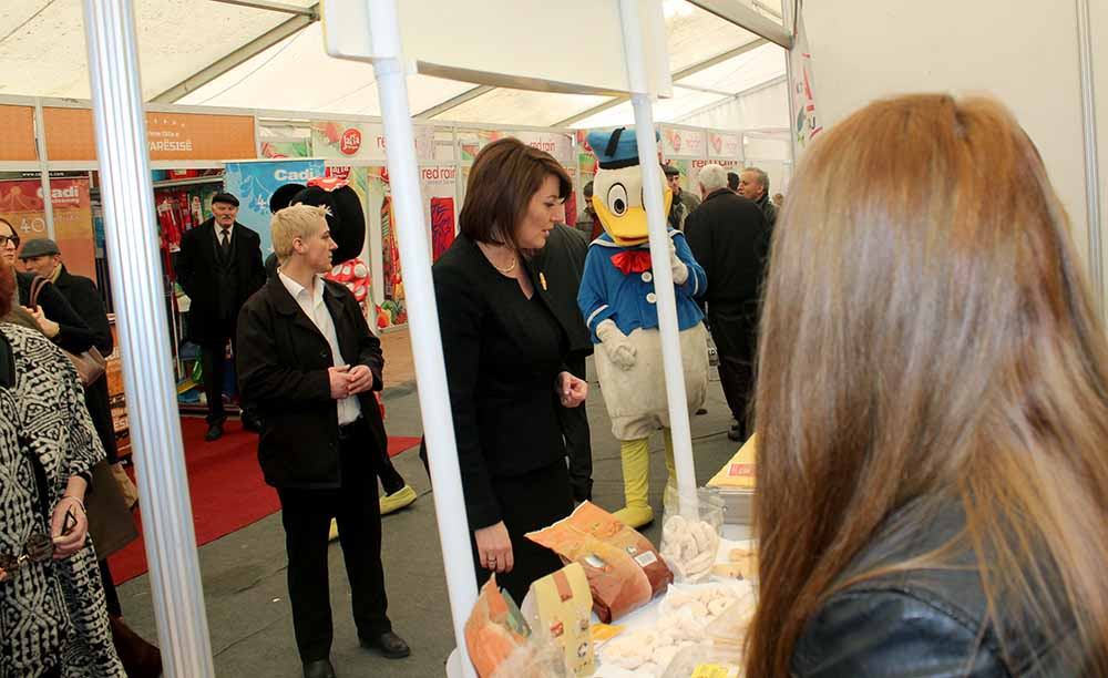 President Jahjaga visited the local producers Fair