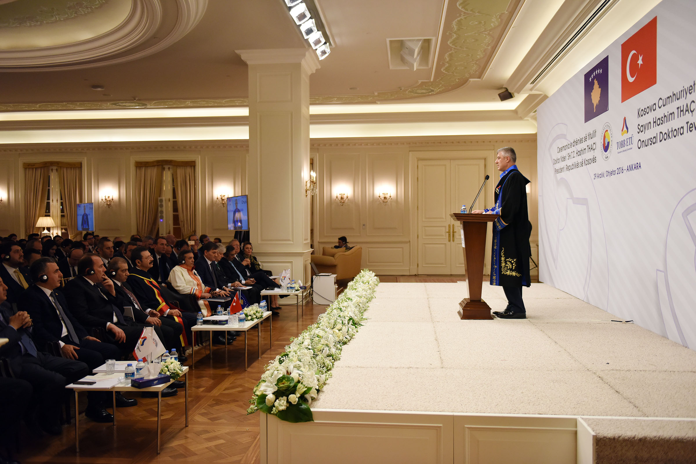 Presidenti Thaçi fton investitorët turq që t'i rrisin investimet në Kosovë