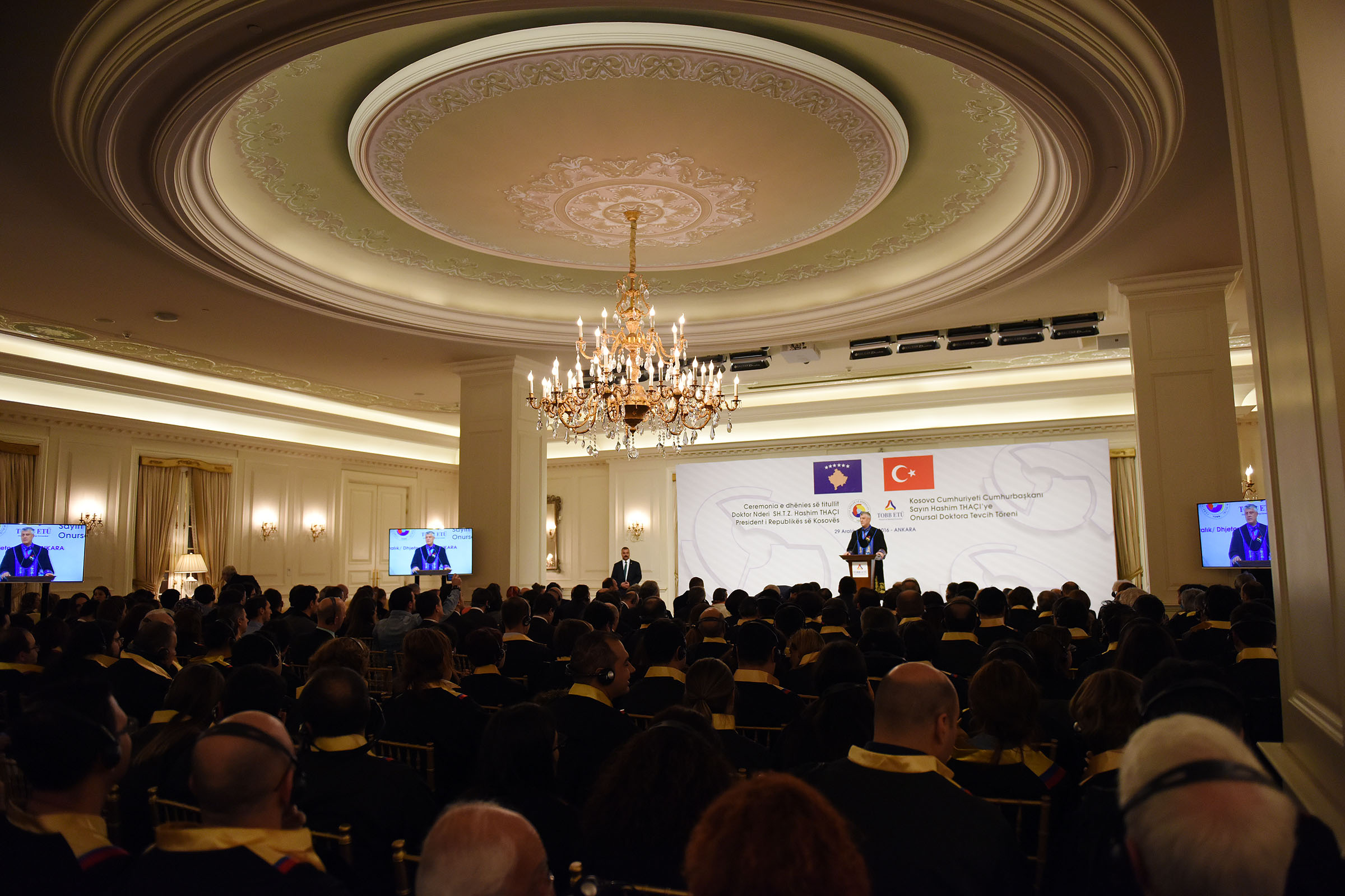 President Thaçi invites Turkish investors to increase investments in Kosovo