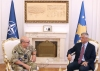 Presidenti Thaçi priti mareshalin Peach: Transformimi i FSK-së, proces gradual dhe i koordinuar