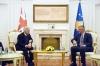 Presidenti Thaçi dhe ministri britanik flasin për Kosovën dhe rajonin