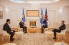 Presidentja Osmani priti ambasadorin e Shqipërisë, z. Minxhozi