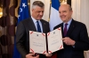"""President Thaçi decorates former French Prime Minister Alain Juppé with """"The Order of Freedom"""" medal"""