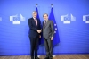 President Thaçi meets with Commissioner Hahn: Visa liberalisation returns the citizens trust in the European Union
