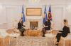Presidentja Osmani priti në takim ambasadoren e Suedisë, Karin Hernmarck 1
