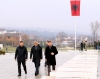 Presidenti Thaçi bëri homazhe një ditë pas votimit për Forcën e Sigurisë së Kosovës