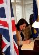 Predsednica Jahjaga se potpisala u knjigu žalosti za bivšeg Premijera Velike Britanije, Margaret Thatcher