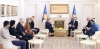 Presidenti Thaçi dekoroi koleksionisten e veprave të rralla për Skënderbeun