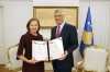 President Thaçi bestows an award to the World Bank Office on the 20th anniversary of its presence in Kosovo