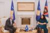 Predsednica Osmani dočekala na sastanku istoričara Jusufa Buxhovija