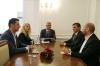 Presidenti Thaçi vazhdon konsultimet me partitë politike, takon përfaqësues të KDTP dhe VAKAT