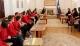 """Predsednica Jahjaga je dočekala učenike osnovne škole """"Ismail Qemali"""" iz Prištine"""